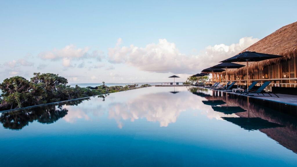 NIZUC Resort & Spa infinity pool
